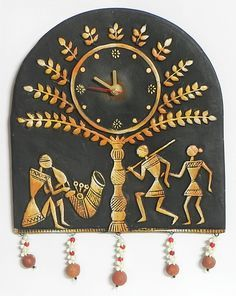Battery Operated Wall Clock in a Terracotta Plate with Tribal Figures - Wall Hanging (Terracotta))