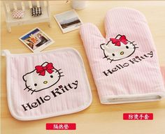 2pcs/set Hello Kitty Kitchen Cooking Tools Potholder Oven Mitts Gloves Kitchen Accessories Placemat