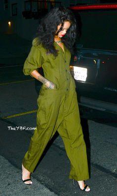 Rihanna On Her Way To The Studio