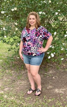 Plus Size Casual, Watercolor Animals, Cassie, Curvy, Beautiful Women, Short Sleeves, Fabric, How To Wear, Spandex