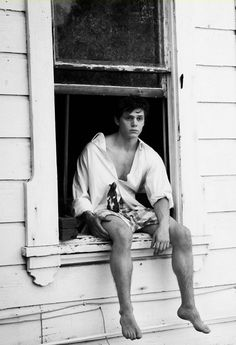Evan Peters - He was so charming in episode 1 of American Horror Story: Coven