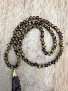 natural tiger eye  beaded necklace