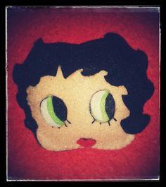 Betty broche