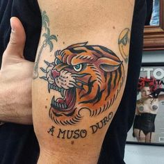 Marco Biondi - old school traditional tiger tattoo