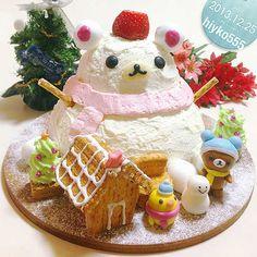 Korilakkuma dome-shaped christmas cake with cheese mousse, accompanied by Rilakkuma and Kiiroi-tori icing dolls