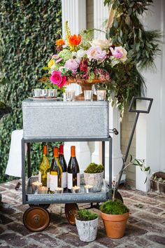 How to Throw a Bridal Shower: The Perfect Party on a Budget