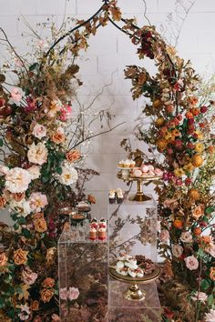 Brace yourself for this stunning autumn wedding styled shoot with a woodsy garden vibe oozing with honey & burnt orange hues. We're in love, we're in love and we don't care who knows it!