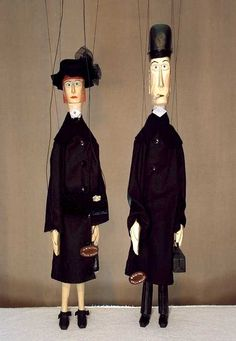 Interesting, elongated marionettes-they remind me of Modigliani paintings in three dimensional, puppet form.