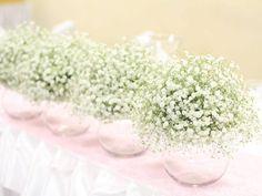 GYPSOMILKOVÁ SVADOBNÁ VÝZDOBA V GASTRE Na výzdobu svadobnej hostiny sme použili 300 ks bielej gypsomilky a ostantné dekorácie sme ladili do jemnej ružovej. V svadobnej kytičke boli použité ruže, hortenzie, pivonky, astilbe, eustoma a trošku gypsomilky. Gypsophila, Ale, Wedding Flowers, Like4like, Wedding Decorations, Floral, Instagram Posts, Beautiful, Florals