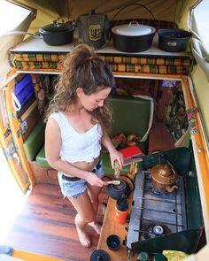 Van Life - 10 Rad Instagramers Living On The Road - Instagram