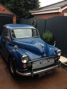 Morris Traveller, Morris Minor, Commercial Vehicle, Classic Cars, Bmw, Random, Vehicles, Vintage Classic Cars, Rolling Stock