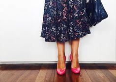 """nossa """"teoria do sapato vermelho"""" reeditada e explicadinha! :: no blog da oficina http://oficinadeestilo.com.br/2015/07/27/teoria-do-sapato-vermelho/"""