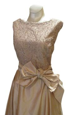 Google Image Result for http://www.cabaretvintage.com/wp-content/gallery/new-vintage-arrival-1950s-canadian-designed-blush-silk-beaded-gown/img_5107.jpg