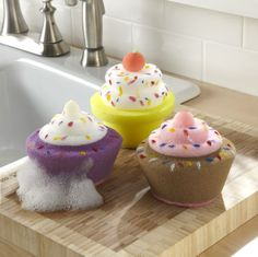 cupcake sponge... I MUST HAVE THESE! My unbirthday is coming up soon.....wink wink