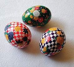 washi eggs | Washi Eggs Nori Paste makes this traditional craft easy and fun!