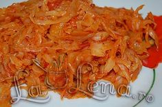 Very tasty braised cabbage - a recipe for a side dish. Sauerkraut Recipes, Cabbage Recipes, Now Eat This, Romania Food, Rome Food, Braised Cabbage, Vegan Recipes, Cooking Recipes, Russian Recipes