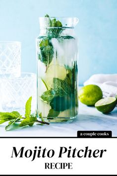 Make drinks for a crowd with this mojito pitcher recipe! This big batch cocktail has the ideal bubbly, minty flavor and festive vibe. | alcoholic drinks | drinks | cocktails | rum drinks | mint cocktails | mojito recipe | soda water cocktails | summer cocktails | #mojito #mojitopitcher #mojitopitcherrecipe Dark Rum Cocktails, Best Summer Cocktails, Tequila Drinks, Cocktail Drinks, Alcoholic Drinks, Mojito Pitcher, Fruity Mixed Drinks, Couple Cooking, Mojito Recipe