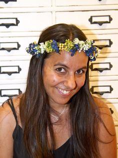 Hair accessories at Lito y Lola. Coronita de flores. Flowers in your hair http://tengotreintaypico.blogspot.com.es/2013/03/lito-lola-inauguran-tienda-en-bcn-1.html