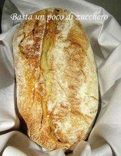 Pane con lievito madre https://www.facebook.com/pages/Basta-un-poco-di-zucchero/196077560477306?ref=hl