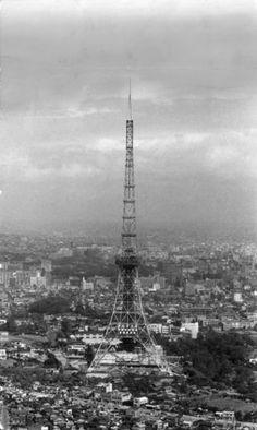 昭和の頃の東京タワー。懐かしい。ああ懐かしいなあ(画像)
