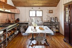 12 Ways to Update Your Kitchen: Mix Metals in the Kitchen