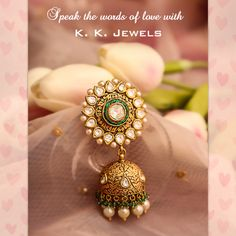 Jhumka – Jewerly World Diamond Jewelry, Gold Jewelry, Jewelery, Diamond Pendant, Jewelry Sets, Indian Jewellery Design, Jewelry Design, Indian Earrings, Golden Earrings