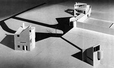 Charles Gwathmey, Gwathmey Residence and Studio, 1966 Amazing Architecture, Interior Architecture, Urban Design Concept, Arch Model, Architectural Models, Environmental Design, Museum Of Modern Art, Modern House Design, Public Art