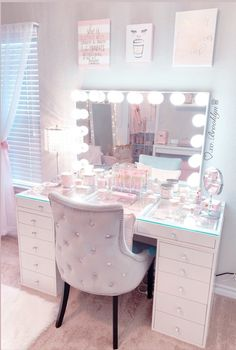 I firmly believe getting ready in this room puts me at peace ☺️ I look forward to it every morning! Cute Room Decor, Teen Room Decor, Room Ideas Bedroom, Bedroom Decor For Teen Girls Dream Rooms, Pink Bedroom Decor, Nice Rooms, Teen Bedrooms, Fancy Bedroom, Stylish Bedroom