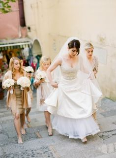 Bride walking in Italy wearing Lazao | photography by www.katemurphyphotography.com/