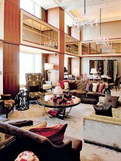 シャングリ・ラ ホテル 東京(Shangri-La Hotel, Tokyo) 36階に位置し、269㎡の広さを誇る「プレジデンシャルスイート」は、世界のトップスイート101に選ばれたゴージャスな空間。