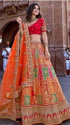 Indian Wedding Gowns, Indian Bridal Lehenga, Indian Gowns Dresses, Indian Bridal Outfits, Indian Fashion Dresses, Indian Designer Outfits, Indian Weddings, Sabyasachi Lehenga Bridal, Bridal Lehenga Online