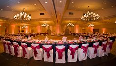 Choose the perfectvenue for your Monterey Bay wedding from our extensive array of locations, ranging from outdoor gardens to elegant ballrooms. From the o