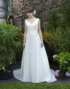 V-neck Softly Curved Neckline A-line Wedding Dress