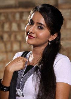 Cute Beauty, Real Beauty, Beauty Women, Hot Actresses, Beautiful Actresses, Indian Actresses, Actress Wallpaper, Malayalam Actress, South Indian Actress