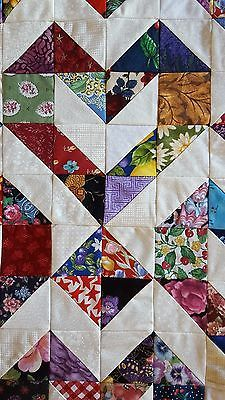 Hearts - Picture 2 of 4 Uses HST easy It is a quilt top only and not a finished quilt. This is a gorgeous quilt top that has been machine sewn and neatly pressed. Quilting 101, Machine Quilting, Quilting Projects, Quilting Designs, Lap Quilts, Scrappy Quilts, Mini Quilts, Heart Quilts, Scrappy Quilt Patterns