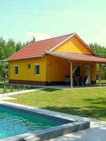 Modernes Ferienhaus in Ungarn mit viel Privatsphäre und Pool! www.ferienhauserinungarn.de/ferienhauser-ungarn-angebote/Ferienhaus_ungarn_a_tuloldal_csemo_197/