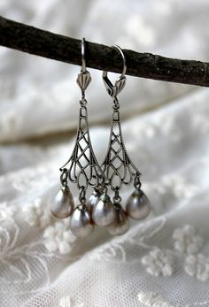 Silver Filigree Chandelier Earrings, Vintage Japanese Glass Pearls, Pearl Dangle Earrings, Filigree Bridesmaid Jewelry Pearl Wedding Jewelry @belmonili