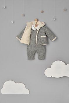 Tshirt Photography, Clothing Photography, Toddler Fashion, Kids Fashion, Boho Baby Clothes, Kid Poses, Kids Store, Baby Milestones, Baby Crafts
