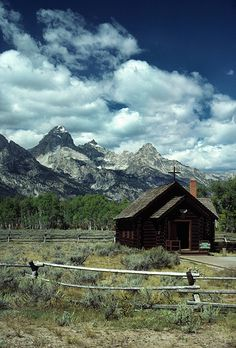 the chapel of transfiguration in the grand teton national park