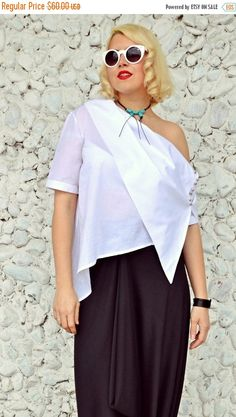 YELLOW SALE 15% OFF Extravagant White Top / Asymmetrical White https://www.etsy.com/listing/273665518/yellow-sale-15-off-extravagant-white-top?utm_campaign=crowdfire&utm_content=crowdfire&utm_medium=social&utm_source=pinterest