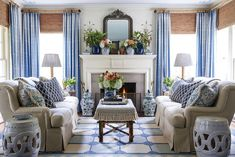 southern home decor Heather Chadduck Interiors David Hillegas Birmingham Alabama 2019 Southern Living Idea House Beautiful Flower magazine blue and white traditional style Blue And White Rug, Blue And White Living Room, Blue And White Curtains, Southern Living Homes, Southern Living Magazine, Coastal Living, Living Room Decor Traditional, Modern Traditional, Home Rugs