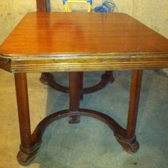 Antique Wood Dining Room Table With Hidden Leaf - No Reserve- Giveaway Price $16.50