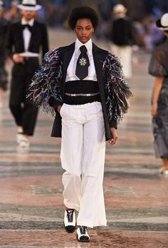 Ready-to-wear - Cruise 2016/17 - Look 4 - CHANEL