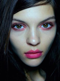 Pink eyeshadow + pink lipstick - For when you want to look like you've been (sexily) crying