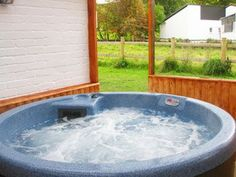 Book Ty Gwyn Cottage with Hot Tub for a sleeps 6 holiday, good quality self-catering holiday accommodation in Wrexham. Country Cottages, Holiday Accommodation, Hot Tubs, Swimming Pools, Outdoor Decor, Home Decor, Swiming Pool, Spa Baths, Pools