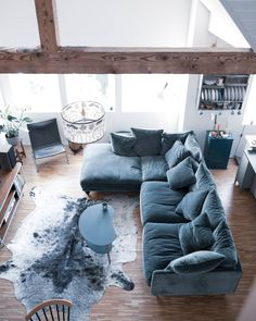 Rugs In Living Room, Living Room Decor, Living Room Tv Unit Designs, Colourful Living Room, Apartment Living, Lounge, Am Pm, Home Decor, Pictures
