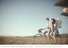 Engagement Shoot - bike + ballons