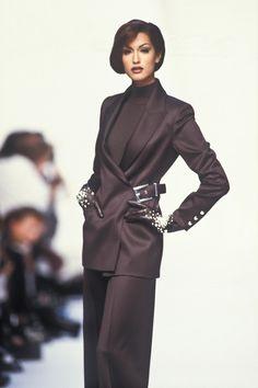 Beauty And Fashion 2000s Fashion, High Fashion, Fashion Show, Fashion Outfits, Fashion Design, Club Fashion, Fashion Models, Couture Fashion, Runway Fashion