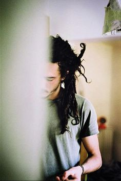 Jacob Hemphill! <3 a lovely head of dreads. (and a lovely man!!)