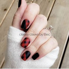 Beautiful fall nails 😍 Good Girls Gone Plaid, Midnight in Manhattan, and Swiss and Tell (under plaid) with a matte topcoat How To Do Nails, Fun Nails, Pretty Nails, Nail Color Combos, Nail Colors, Matte Nails, Acrylic Nails, Plaid Nails, Shellac